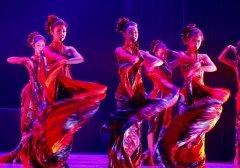 �L情舞蹈